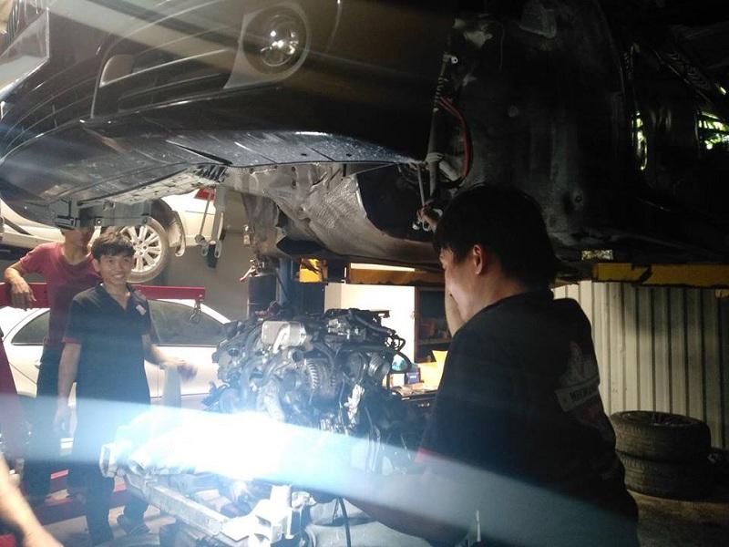 Gara chuyên sửa chữa ô tô ngập nước tại TPHCM