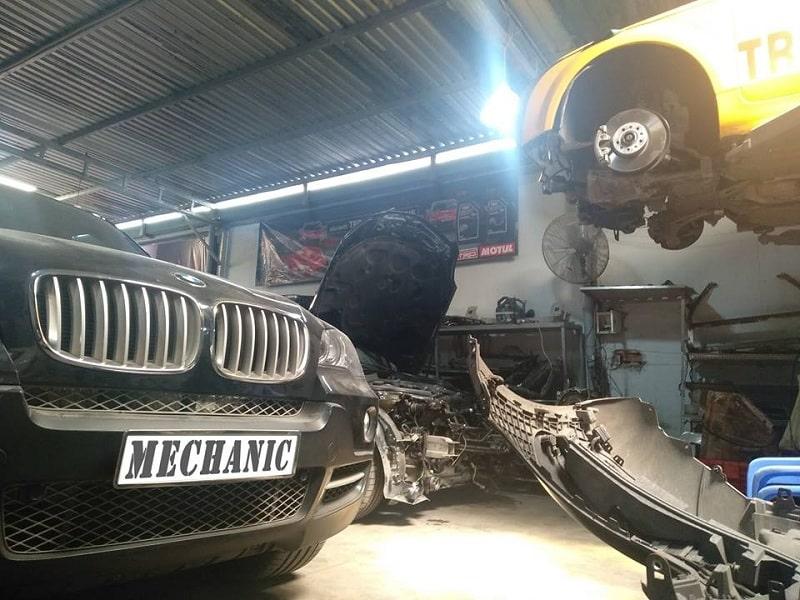 Sửa chữa thước lái ô tô BMW chuyên nghiệp tại TPHCM