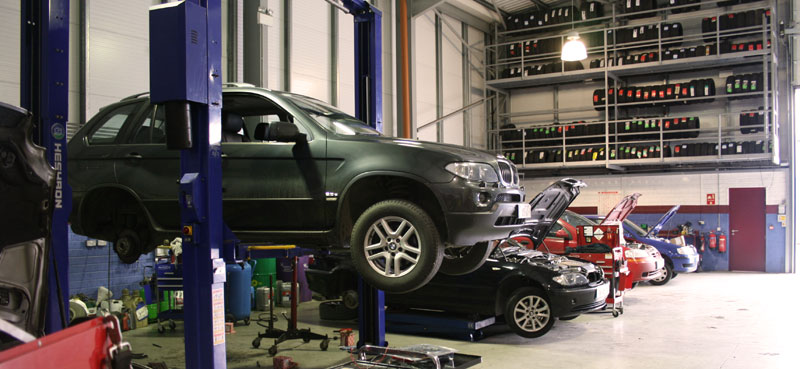 Địa chỉ sửa chữa ô tô đời mới uy tín tại TPHCM