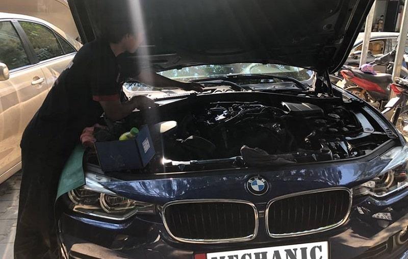 Garage chuyên sửa chữa BMW tại TPHCM