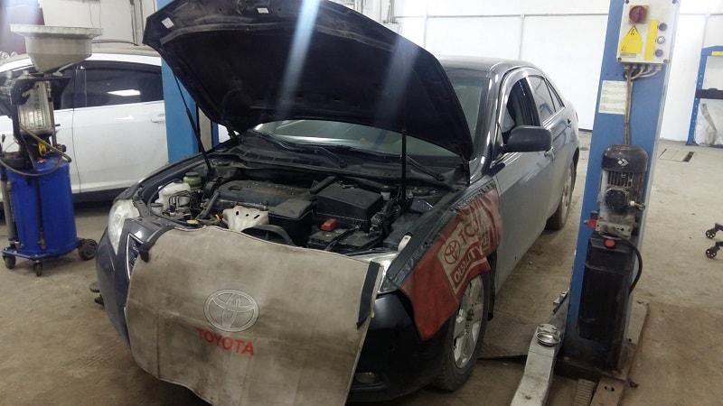 Garege sửa chữa Toyota Camry chuyên nghiệp TPHCM