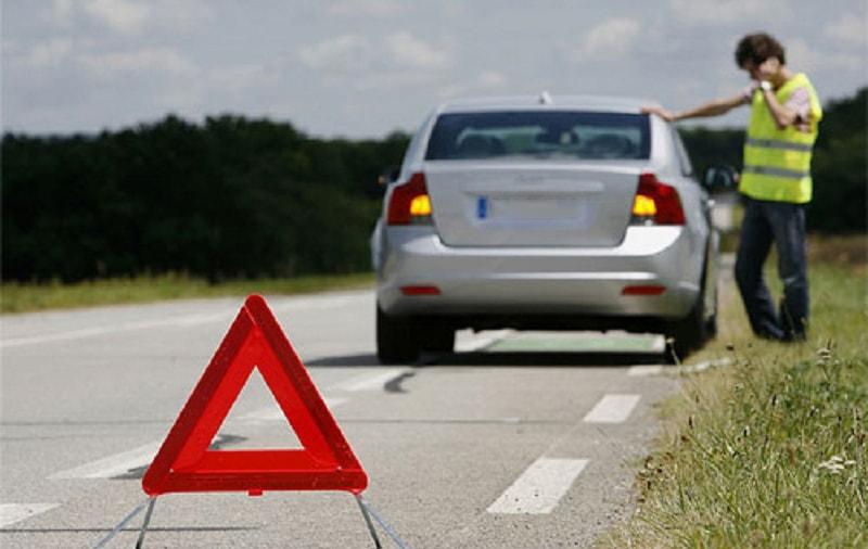 9 sự cố phổ biến trên ô tô bạn nên biết để có thể xử lý