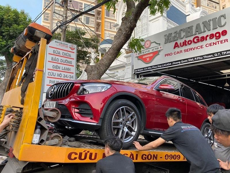 Garage chuyên sửa chữa ô tô cao cấp