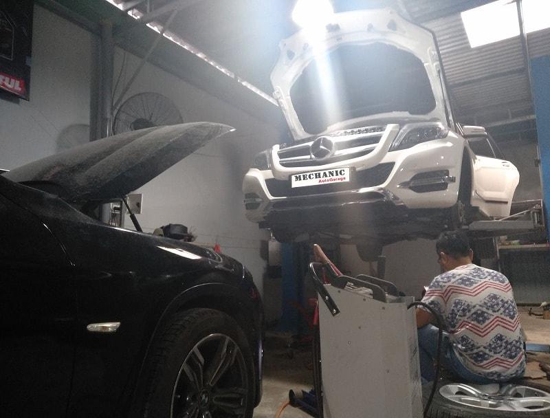 Garage bảo dưỡng gầm xe ô tô chuyên nghiệp – uy tín