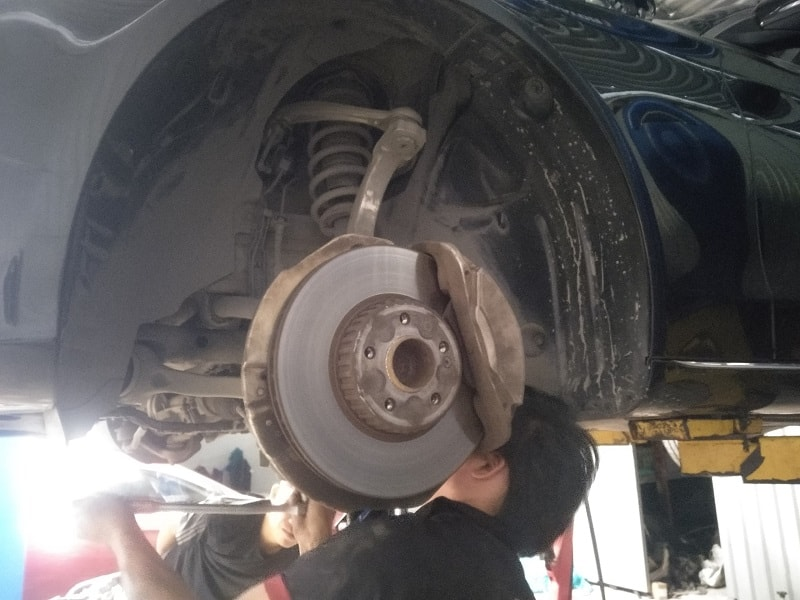 Sửa chữa xe ô tô Isuzu Uy Tín và Nhanh Chóng tại TPHCM