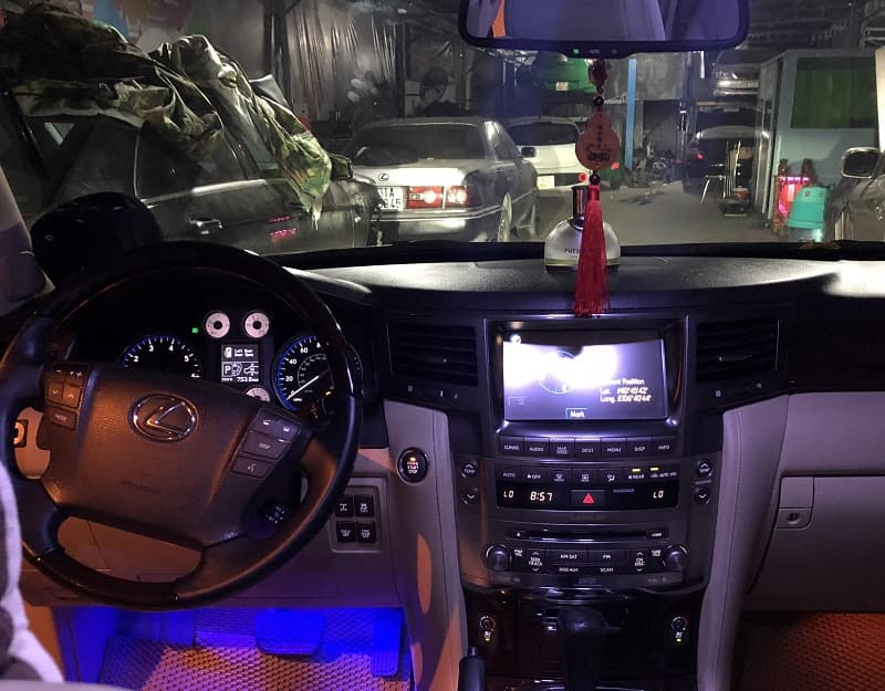 Garage chuyên sửa chữa Lexus tại TPHCM