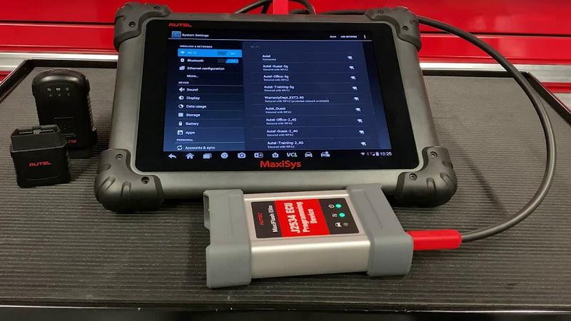 máy chẩn đoán ô tô thông minh như MS908P