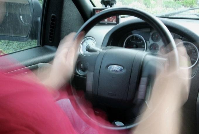 5 nguyên nhân dẫn tới xe ô tô bị rung lắc