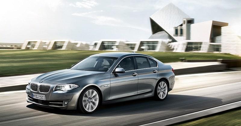 Tìm hiểu các chức năng trong lúc vận hành xe ô tô BMW